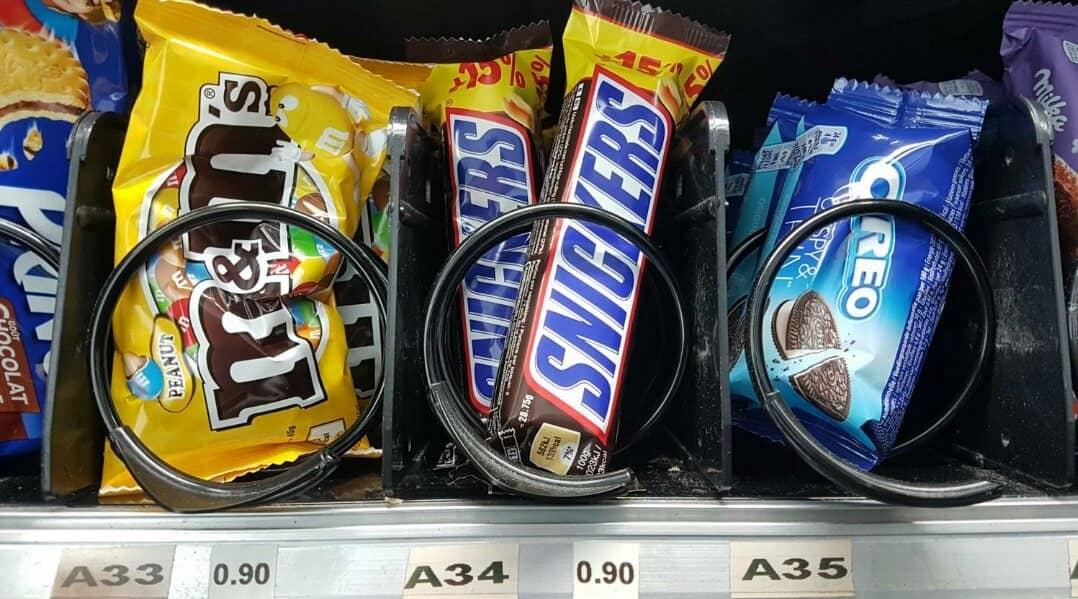 distributeur automatique snickers