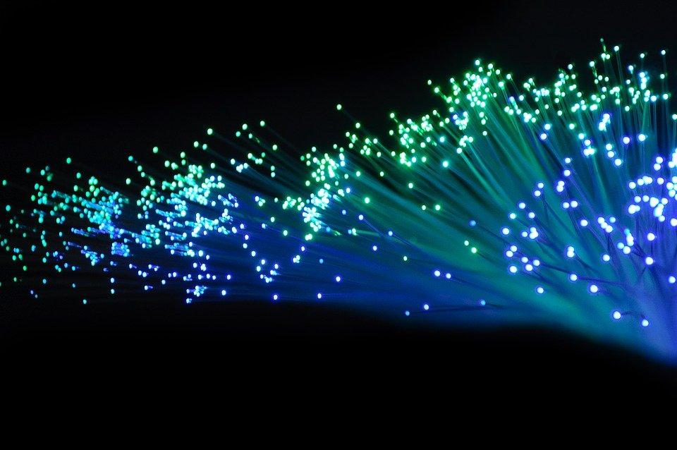 Découvrez les avantages de la fibre optique